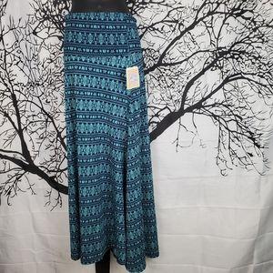 LuLaRoe Maxi Skirt Light Blue & Navy Patter XS